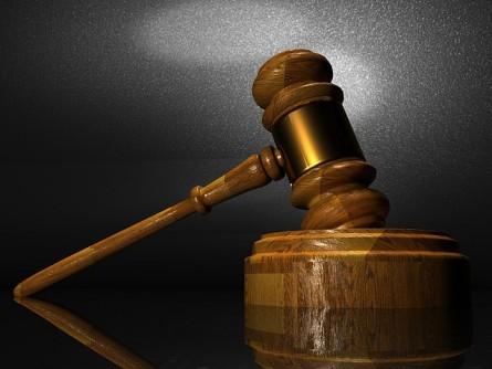 サラリーマン副業禁止罰則は?過去の判決事例